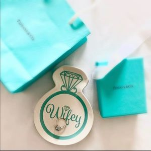 Wifey Teal Ring Holder Plate